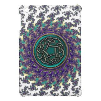 Keltischer Knoten auf gewundenem Fraktal iPad Mini Hülle