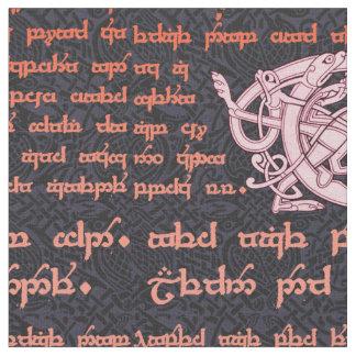 Keltischer Probenehmer im Schwarzen und in der Stoff