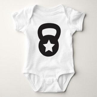 Kettlebell mit einem leeren Stern Baby Strampler