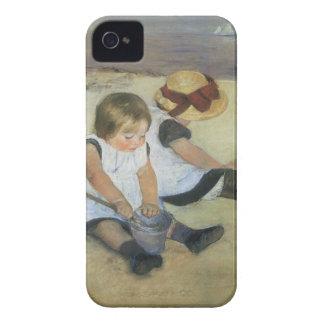Kinder, die auf dem Strand durch Mary Cassatt Case-Mate iPhone 4 Hüllen
