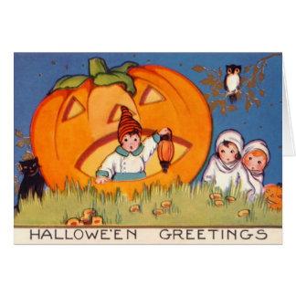 Kinder Halloween, großer Kürbis, alte Mode, Karte