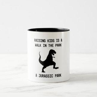 Kinder sind Dinosaurier Zweifarbige Tasse