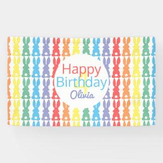 Kinderalles- Gute zum Geburtstagregenbogen-Häschen Banner