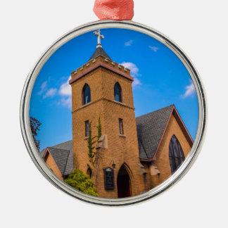 Kirche Rundes Silberfarbenes Ornament