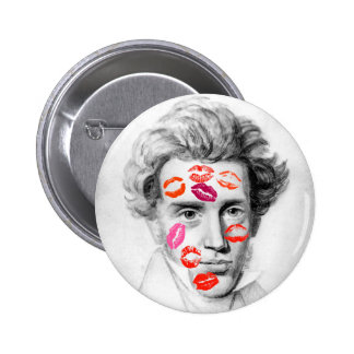 """KISS-COVERED KIERKEGAARD"" RUNDER BUTTON 5,7 CM"