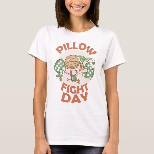 Kissenschlacht-Tag T-Shirt