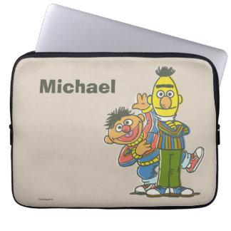 Klassische Art | Bert und Ernie addieren Ihren Laptop Sleeve