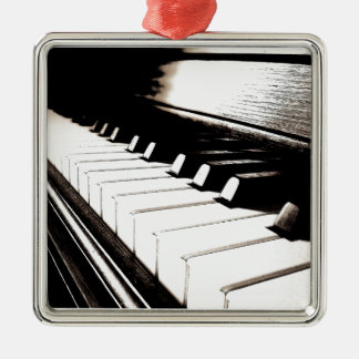Klavier befestigt Makro Silbernes Ornament