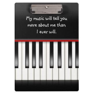 Klaviertastatur mit Zitat Klemmbrett