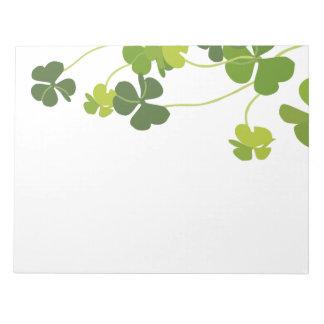 Kleeblattblumenstrauß, St Patrick Tag Notizblock