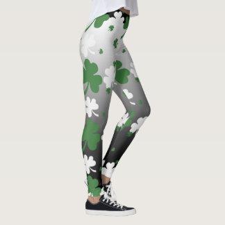 Kleeblätter, Grün und Weiß auf Gradated Feld Leggings