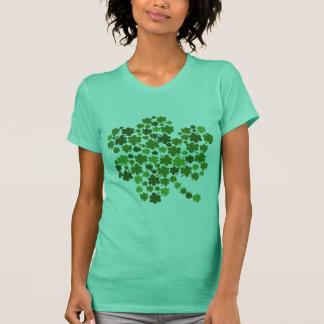 Kleeblätter in einem Kleeblatt T-Shirt