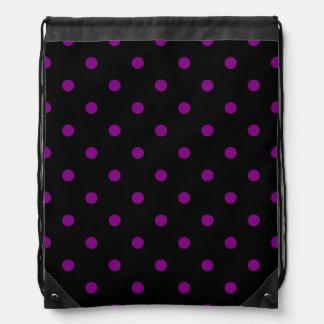 Kleine Polka-Punkte - lila auf Schwarzem Sportbeutel