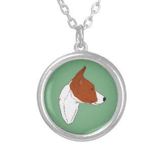 Kleine runde grüne Basenji Halskette