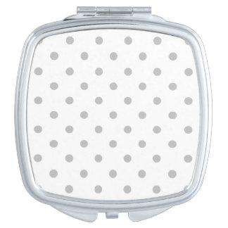 Kleine Tupfen - hellgrau auf Weiß Taschenspiegel