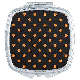 Kleine Tupfen - Orange auf Schwarzem Taschenspiegel