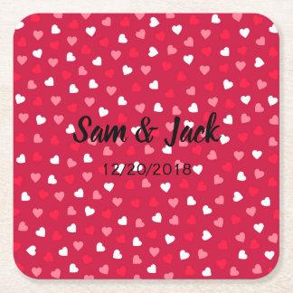 Kleine Valentinsgruß-Herzen im roten weißen Rosa Rechteckiger Pappuntersetzer