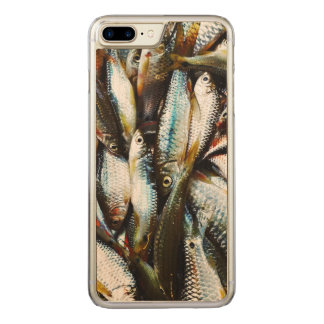 Kleine weiße Fische Carved iPhone 8 Plus/7 Plus Hülle