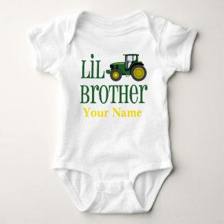 Kleiner Bruder-Traktor personalisiert Baby Strampler