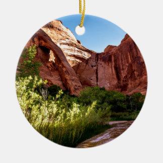Klippen-Bogen-Sonnenaufgang - KojoteGulch - Utah Rundes Keramik Ornament