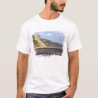 Klippen entlang Juraküste T-Shirt
