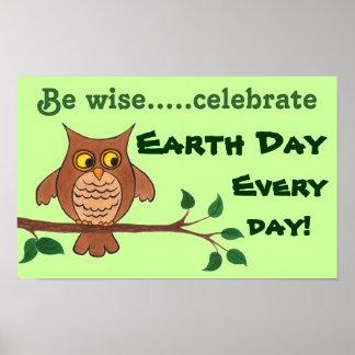 Kluge Eule - Tag der Erde - kundengerechtes Plakat