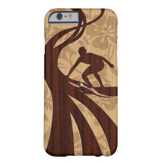 Koa hölzerner Surfer-Surfbrett iPhone 6 Fall Barely There iPhone 6 Hülle
