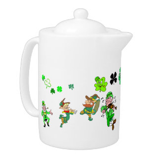 Kobolde und Kleeblatt-Teekanne