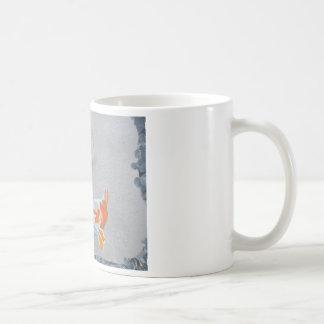 Koi Karpfen im Teich Kaffeetasse