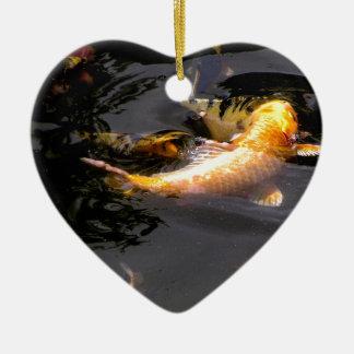 Koi Teich im Garten Keramik Herz-Ornament
