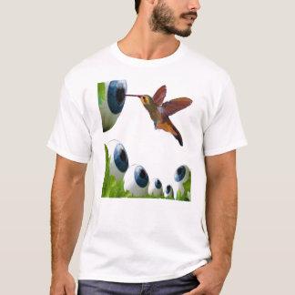 Kolibri-und Augapfel-Surrealismus T-Shirt