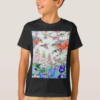 Kolibris und Blumen-Landschaft T-Shirt