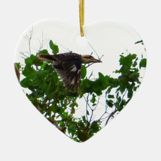 KOOKABURRA IM FLUG QUEENSLAND AUSTRALIEN KERAMIK Herz-Ornament