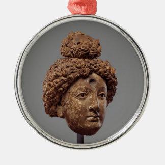 Kopf von einem Buddha oder von Bodhisattva Silbernes Ornament