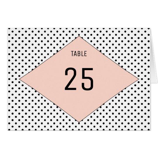 Korallenrote moderne Polka-Punkt-Tischnummer Grußkarte