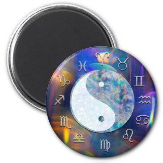Kosmische Galaxie-Tierkreis-Astrologie Yin Yang Runder Magnet 5,1 Cm