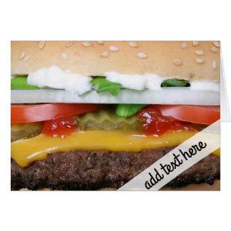 köstlicher Cheeseburger mit Karte