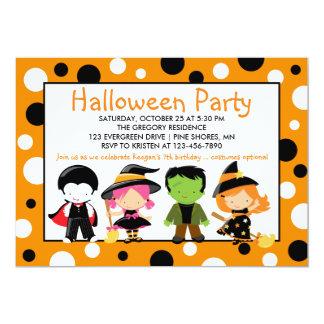 Kostüm-Halloween-Party-Einladung Karte