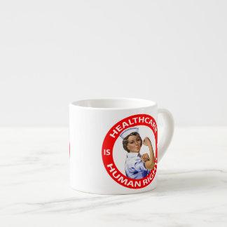 """Krankenschwester """"Rosie"""" sagt, dass Espressotasse"""