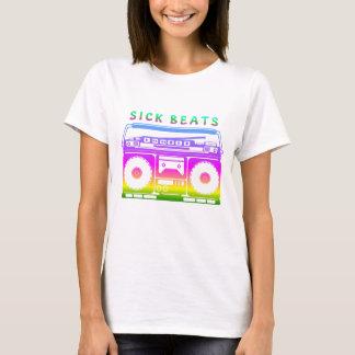Kranker schlägt die Stereo Achtzigerjahre T-Shirt