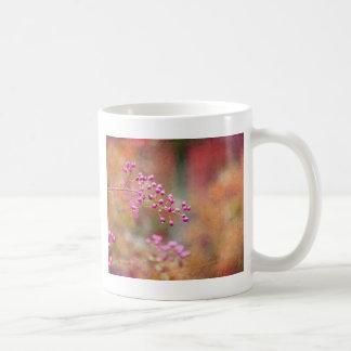 Krawatte gefärbte Beeren in der rosa Orange und im Kaffeetasse
