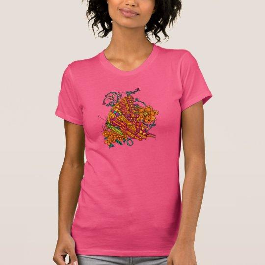 Krawatte gefärbter Schmetterlings-T - Shirt