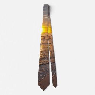 Krawatte: Sonnenuntergang durch den Strand Personalisierte Krawatten