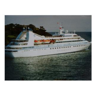 Kreuzfahrt-Schiff, das Fowey Hafen verlässt Postkarte