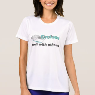 Kreuzfahrten gut mit anderen Shirt