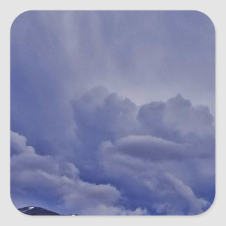 Kriechenwolken 1 quadratischer aufkleber