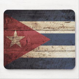 Kuba-Flagge auf altem hölzernem Korn Mauspad