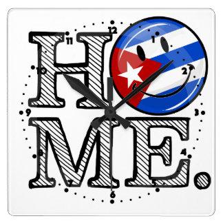 Kubanischer Stolz-lächelnder Flaggen-Haus-Wärmer Quadratische Wanduhr