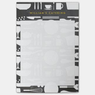 Küchen-Collage auf Tafel-Hintergrund Post-it Klebezettel