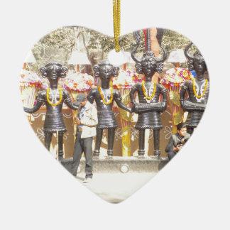 Kulturelle Showstatue Indiens der Musikerkünstler Keramik Herz-Ornament